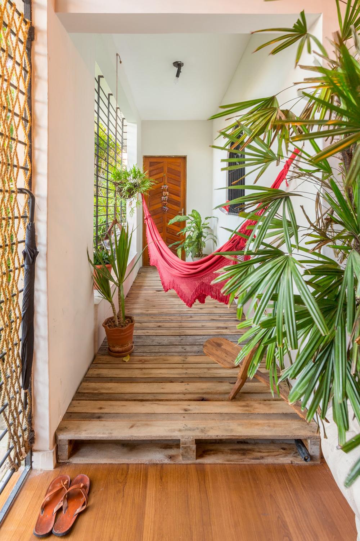 O Mundo L De Casa Dois Projetos Elementar Arquitetura  ~ Divisoria Barata Para Quarto E Quarto Feito De Paletes