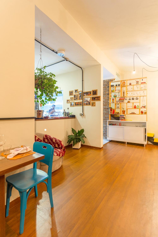 O Mundo L De Casa Dois Projetos Elementar Arquitetura  ~ Piso Vinilico Na Parede Do Quarto